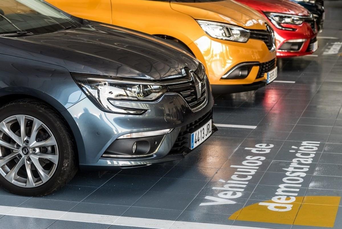 Renault libera 12.165 unidades a precio de liquidación