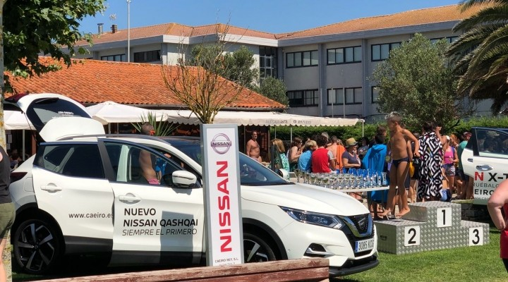 Nissan Caeiro Rey patrocina la XXV Travesía Praia de Coroso en Riveira