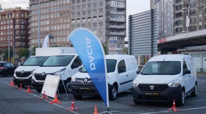 Presentación de la gama Renault PRO+ isotermos  en la lonja de A Coruña