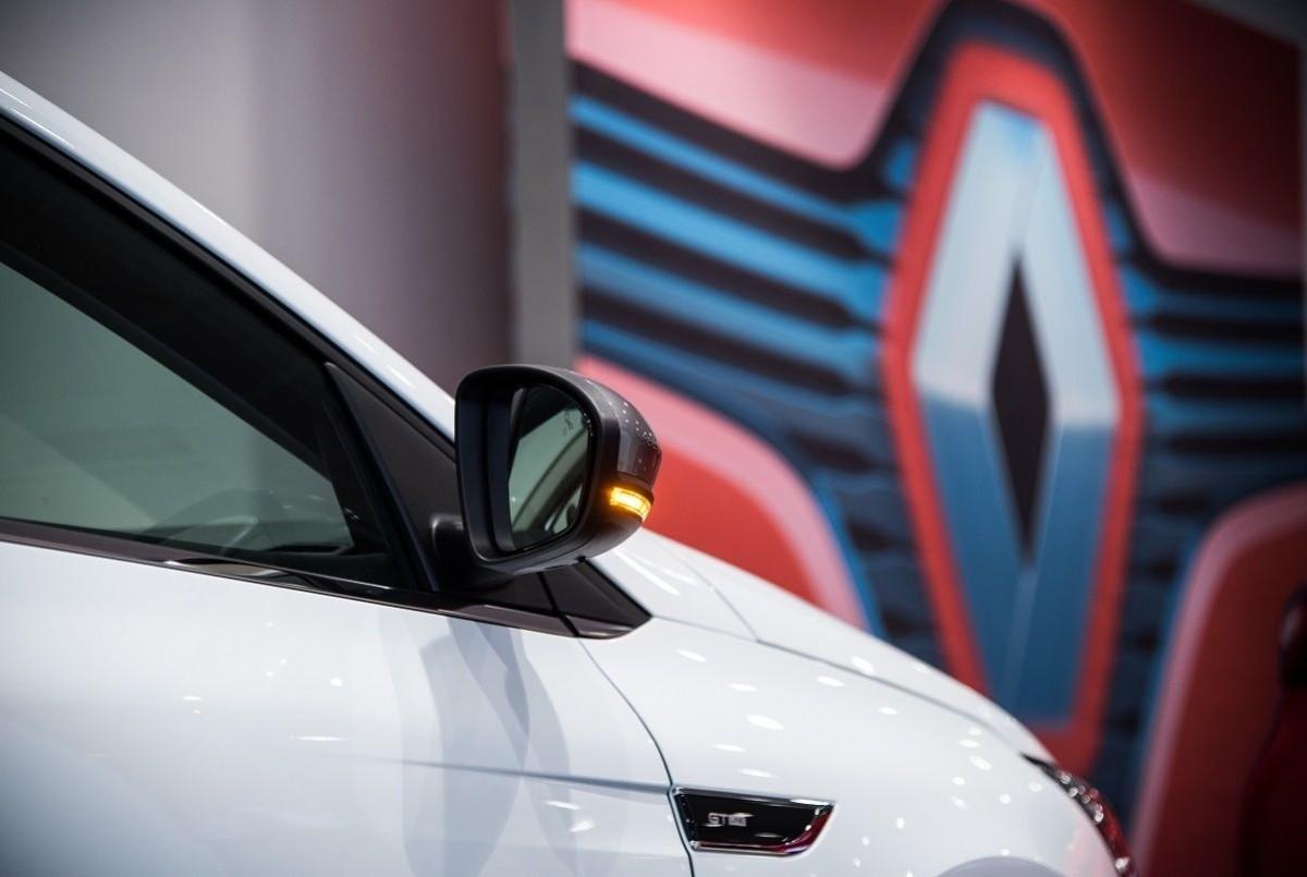 Renault Caeiro cierra 2.017 como líder en ventas en la provincia de A Coruña