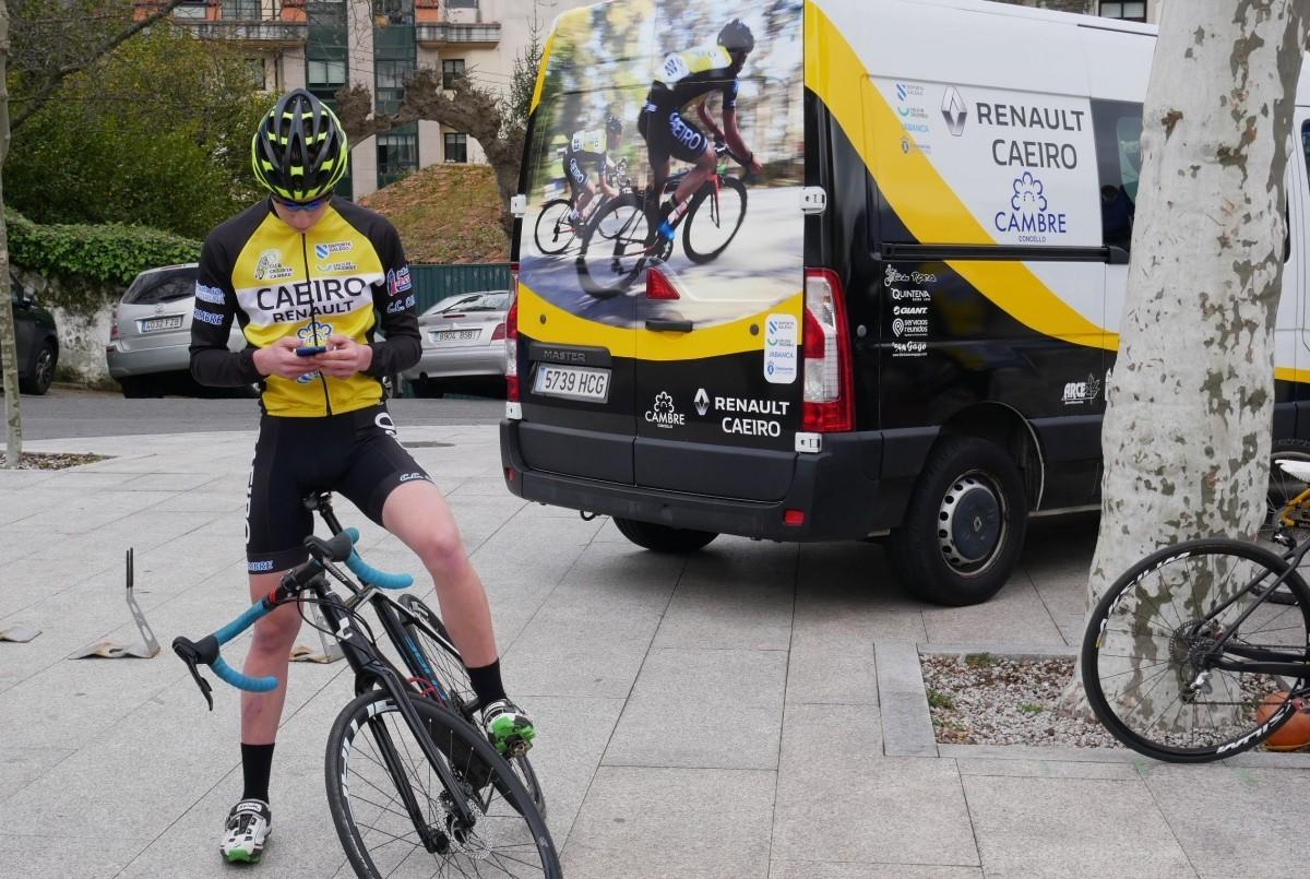 Presentación de la nueva temporada del Club Ciclista Cambre Caeiro